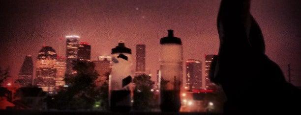 Drinking Liberally Houston is one of สถานที่ที่ Gayla ถูกใจ.
