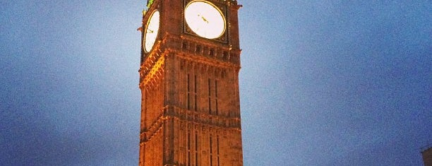 Elizabeth Tower (Big Ben) is one of London لندن.