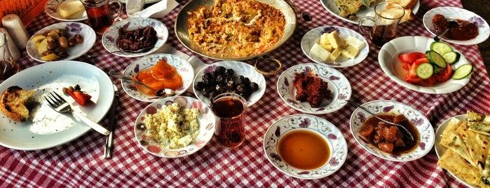 Ayşe Hanım'ın Gözleme Evi is one of Şirince My Home ....