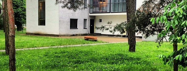 Bauhaus Meisterhäuser is one of Abroad Stuff 3.0.
