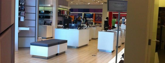 Sony Store is one of Posti che sono piaciuti a Maca.