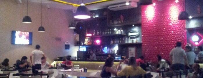Urbano Restô Bar Music is one of Posti salvati di George.