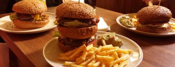 Tom's Burger is one of Nejlepší Burgery.