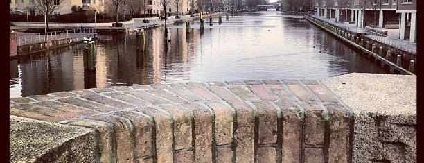 Beltbrug (Brug 324) is one of Amsterdam.