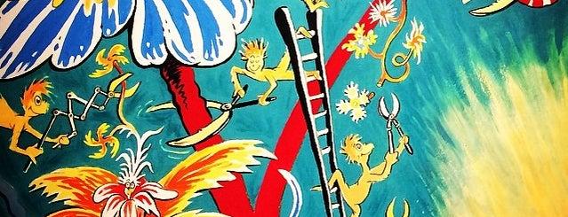 The Art Of Dr. Seuss is one of Frank : понравившиеся места.