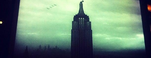 Rooftop Film Club is one of Kim's London Favs & Wishlist.