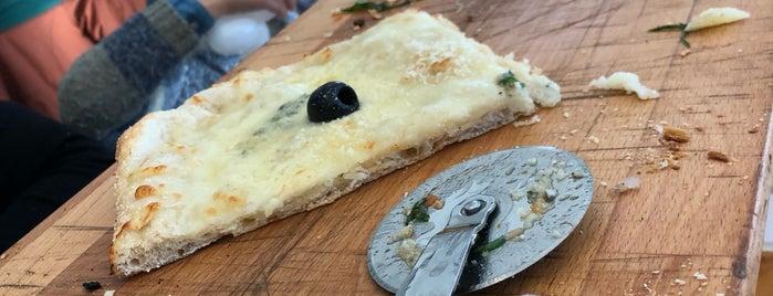 Kilometros de Pizza is one of 2GO.