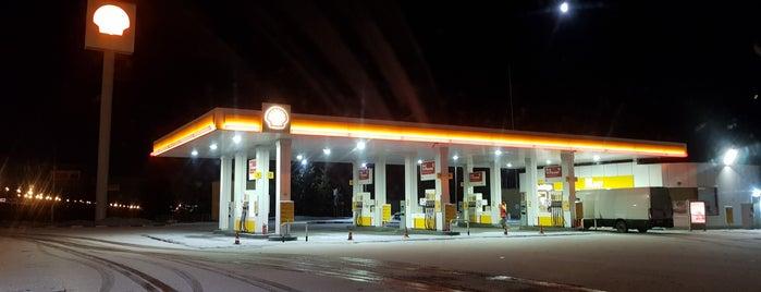 Shell № 1070 is one of สถานที่ที่ Людмила ถูกใจ.