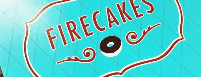 Firecakes Donut Truck is one of Orte, die Dana gefallen.