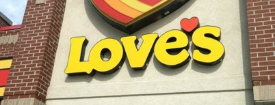 Love's Travel Stop is one of Lieux qui ont plu à Cralie.