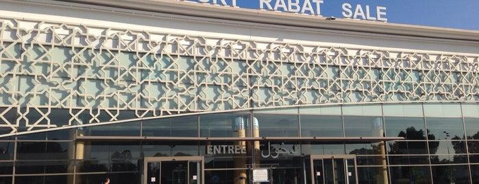 Rabat–Salé Airport (RBA) is one of Aeroportos.