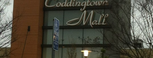 Coddingtown Mall is one of Lieux qui ont plu à Tammy.