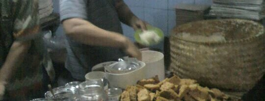 Ketan Susu Kemayoran is one of Foodism.