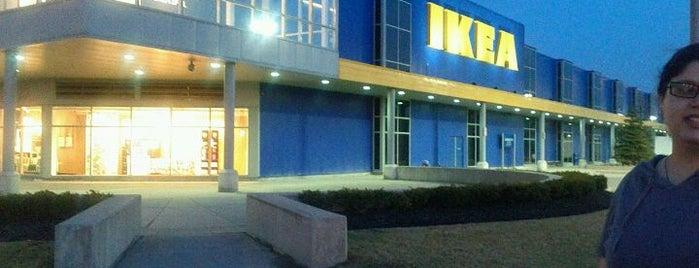 IKEA Etobicoke is one of Locais curtidos por Nicolas.