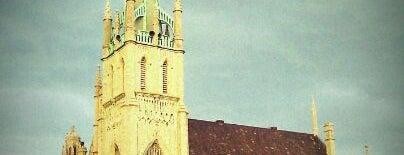 Fort Street Presbyterian Church is one of Tempat yang Disukai Aamir.