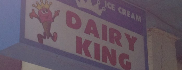 Dairy King is one of Lugares favoritos de Roger.