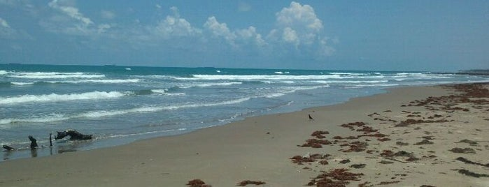 Playa Azul Tuxpan, Veracruz is one of Lugares favoritos de Fabiola.