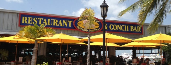 Conch Republic Seafood Company is one of Locais curtidos por Amaury.
