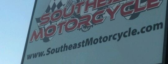 Southeast Motorcycle is one of Tempat yang Disukai Douglas.