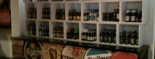 Beer Bank is one of Lugares favoritos de Adriana.