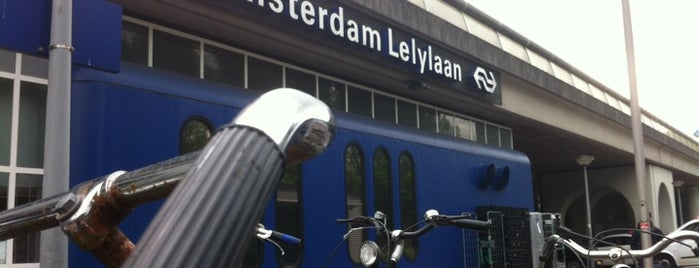 Station Amsterdam Lelylaan is one of Lugares favoritos de Stephania.