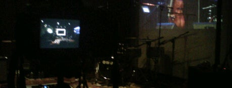 Red White Jazz Lounge is one of Venues in JKT.