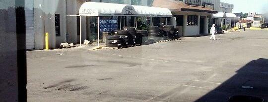 Newell Truck Plaza is one of Posti che sono piaciuti a Nik.