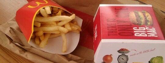 McDonald's is one of Posti che sono piaciuti a DFR.