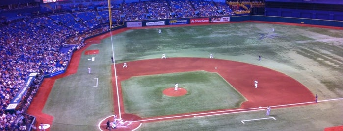 Tropicana Field is one of jogos.