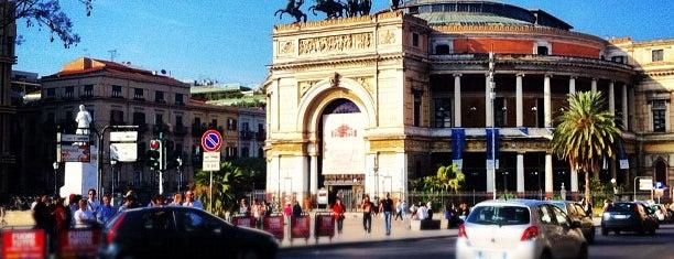 Teatro Politeama Garibaldi is one of Grand Tour de Sicilia.