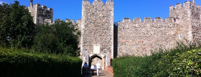 Framlingham Castle is one of Locais curtidos por Carl.