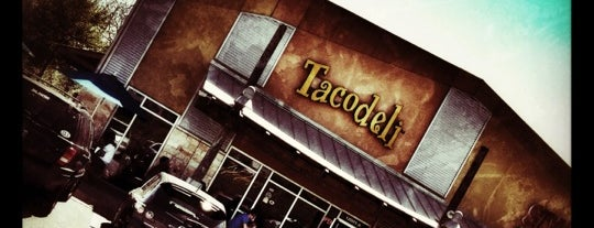 Tacodeli is one of Lieux qui ont plu à Josh.