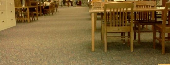 Anoka County Library - Northtown is one of Lugares favoritos de Whitney.