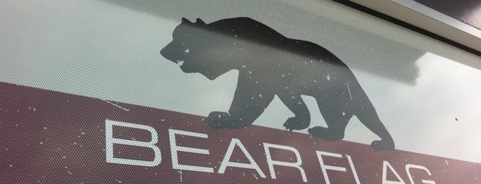 Bear Flag Fish Company is one of Locais curtidos por Lara.