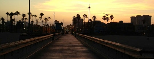 Venice Beach Pier is one of Los Angeles Essentials.