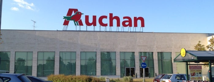 Auchan Aquincum is one of Tibor 님이 좋아한 장소.