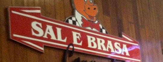 Sal & Brasa Gourmet is one of Bares e Restaurantes.