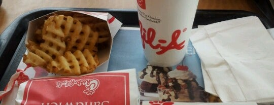 Chick-fil-A is one of Veronicaさんのお気に入りスポット.