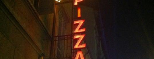 Pizzeria da Candido is one of Consigliatissimi!!!!.
