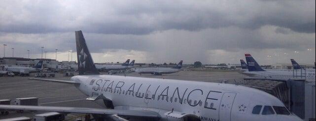 ท่าอากาศยานนานาชาติชาร์ล็อตต์/ดักลาส (CLT) is one of AIRPORT.