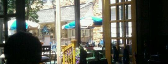 Blue Bell Inn is one of Posti salvati di JJ.