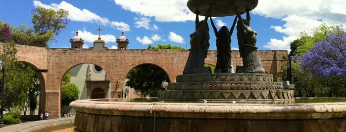 Fuente de Las Tarascas is one of aniasvさんの保存済みスポット.