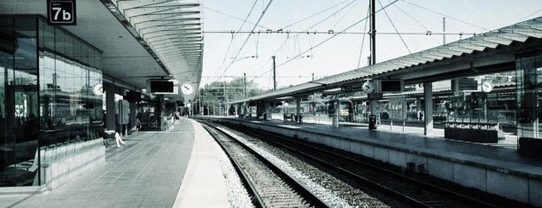 Station Brugge is one of Posti che sono piaciuti a Aptraveler.