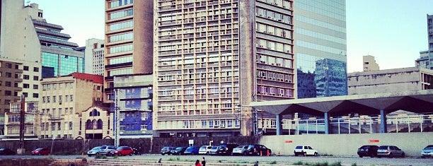 Terminal Hidroviário de Porto Alegre is one of Porto Alegre.