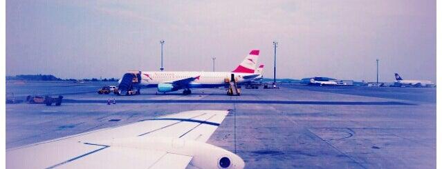 ท่าอากาศยานนานาชาติเวียนนา (VIE) is one of AIRPORT.