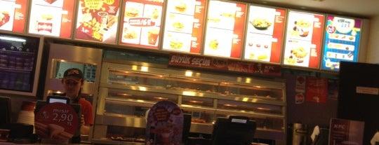 KFC is one of Lieux qui ont plu à Mesut.