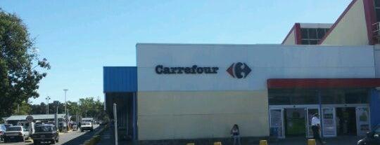 Carrefour is one of สถานที่ที่ Juan María ถูกใจ.