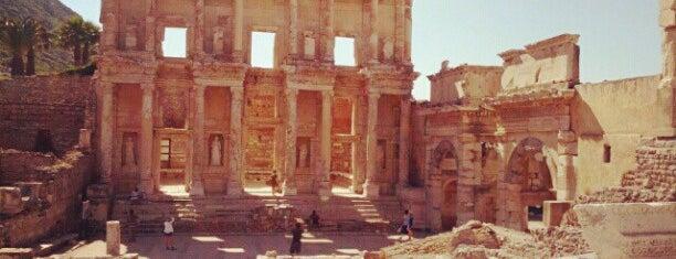Domitian Tapınağı is one of * ECOTOURISM GUIDE *.