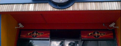 Cuddy'z Sports Bar and Restaurant is one of Kingston Jamaica #4sqCities.