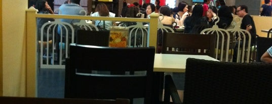 Bedok Point is one of le 4sq with Donald :).